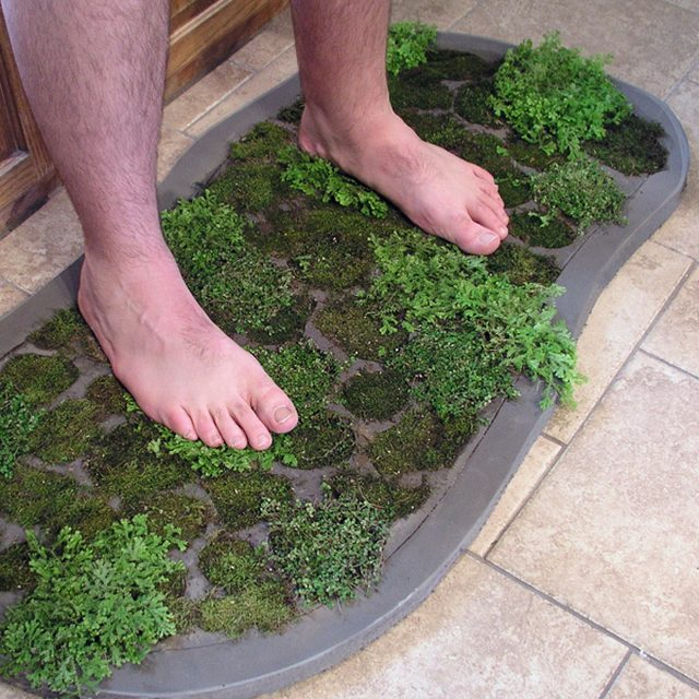 How to Make a Moss Shower Mat