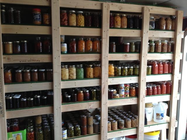 Hundreds Of Free Canning Recipes (Fruit, Veg, Jams, Jellies, Sauces & More)