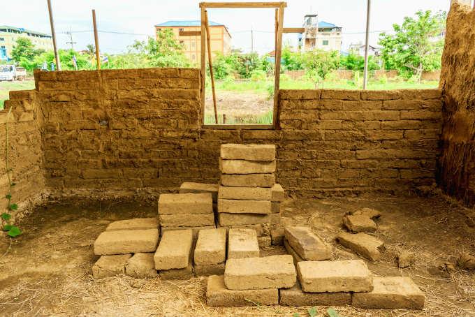 How To Build a Cob House