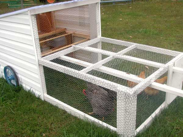 How To Build A Mobile Chicken House